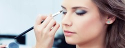 make-up-Mike Laptev-shutterstock_113001031-verwendet